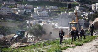 پس از حمله به این منطقه ؛  رژیم صهیونیستی یک خانه فلسطینی را در شهرک سلوان قدس تخریب کرد