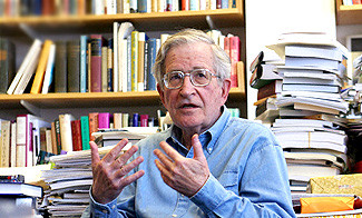 نوام چامسکی: اشغال فلسطین یک فاجعه بود
