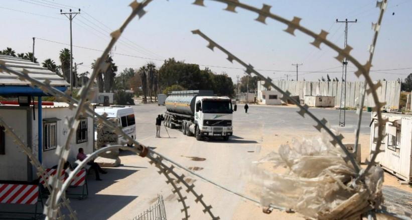 بازگشایی دو روزه گذرگاه کرم ابوسالم برای ورود سوخت به غزه