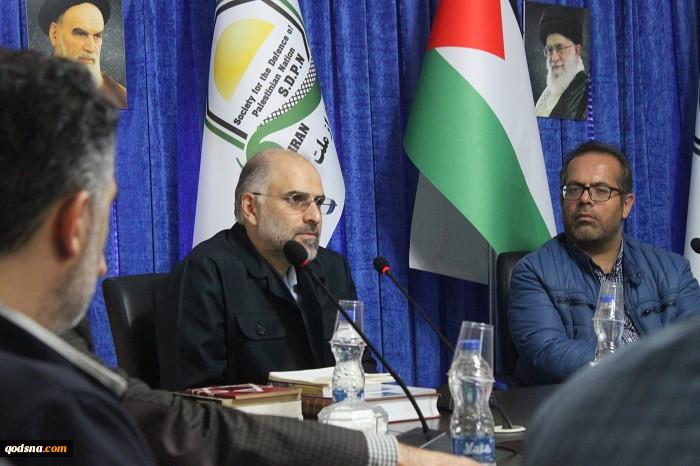 چهارمین نشست «در قلمرو کتاب» با بررسی کتاب «پاکسازی نژادی در فلسطین» نوشته «ایلان پاپه» برگزار شد+ تصاویر 3